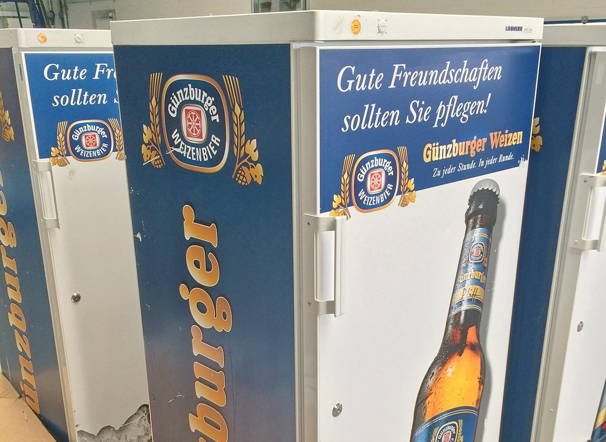 Radbrauerei Gebr. Bucher –Günzburger Weizen – Mietservice, Kühlschrank